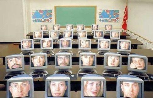 传统教育机构加快转型